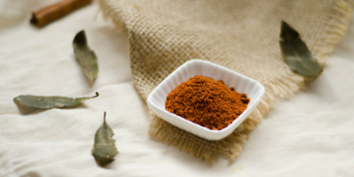 Chicken Health | Cayenne And Cinnamon | Verissima Natural Skincare
